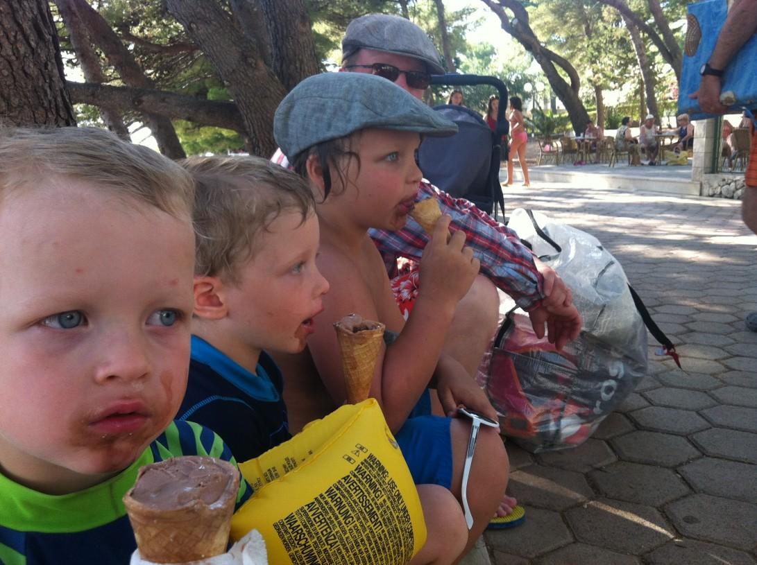 Jäätelö oli lomaviikkomme suosikkieväs