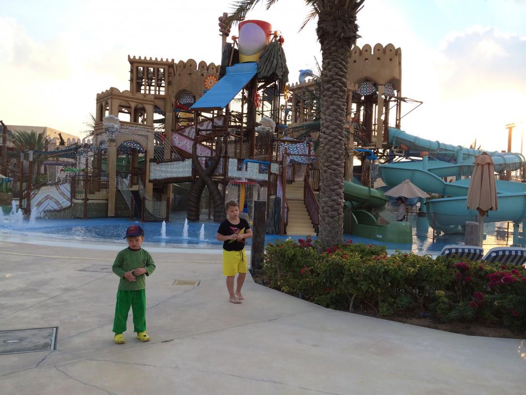 Yas-vesipuistossa vierähti kokonainen päivä