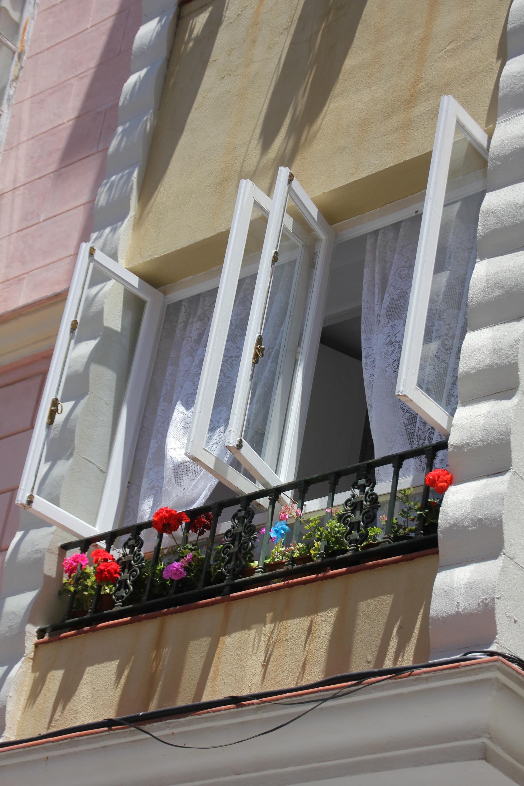 Cádiz hurmaa kauneudellaan.
