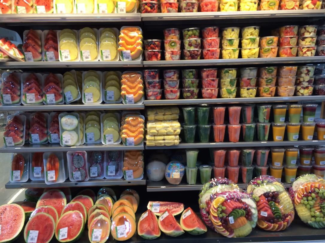 Rannalle oli helppoa ostaa eväitä markettien runsaista valikoimista
