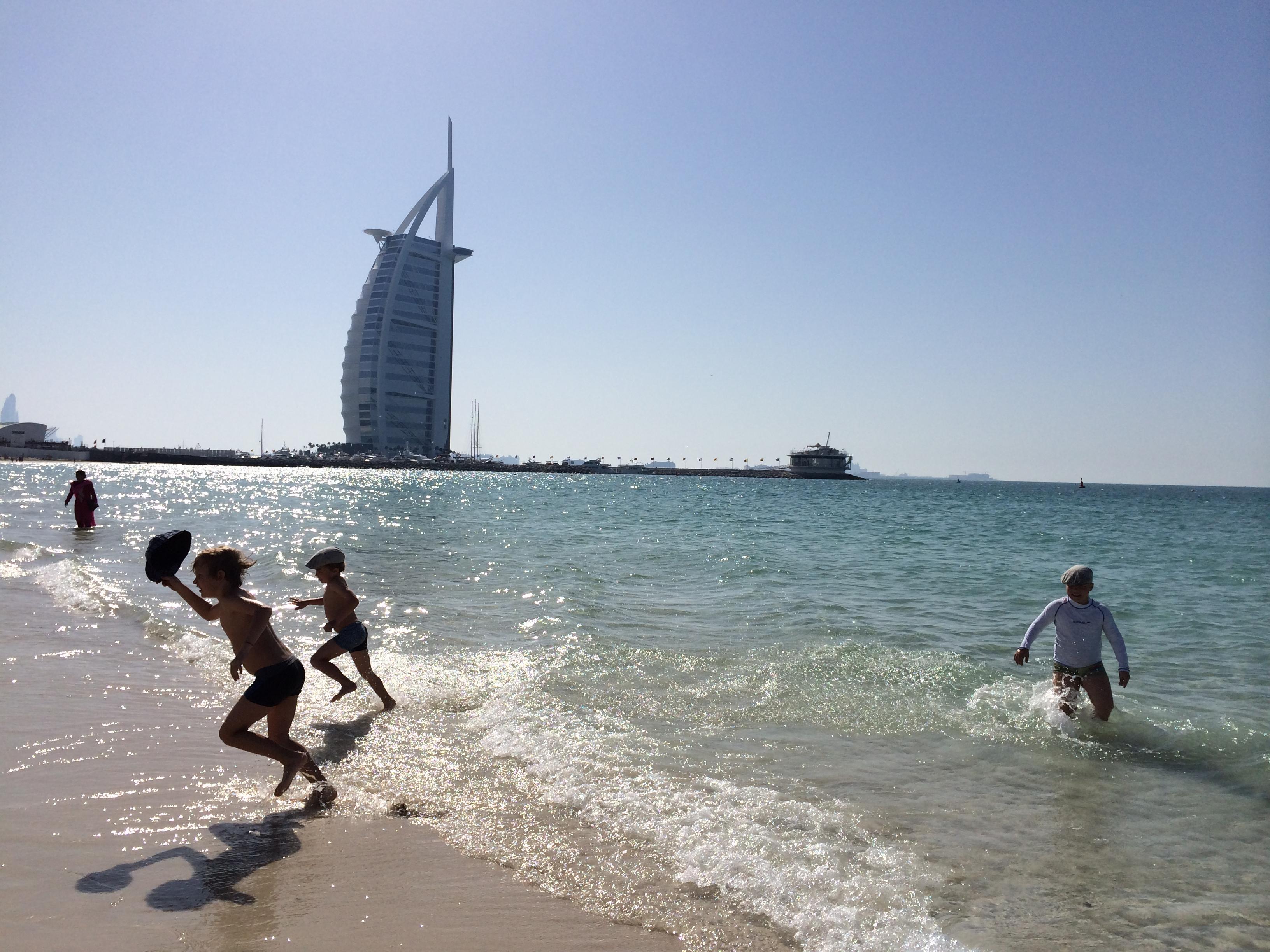 Dubai sopii erittäin hyvin ranta- ja kaupunkiloman yhdistämiseen