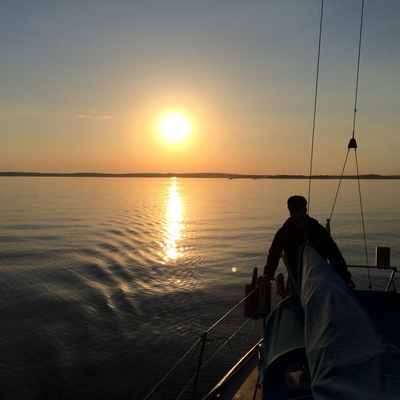 Landasimme Skrubböseen upeassa ilta-auringossa