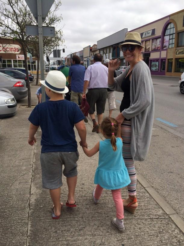 Sisareni Inari on naimisissa espanjalaisen miehen kanssa ja vierailu espanjalaisten sukulaisten luoda mahdollisti meille kurkistuksen kulissien taakse