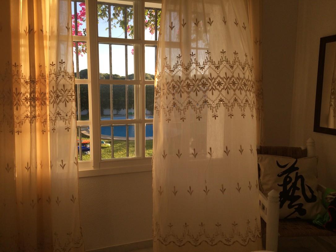 Costa de Luzin ilta-aurinko on satumaisen kaunis ja valoisaa riittää iltayhteentoista