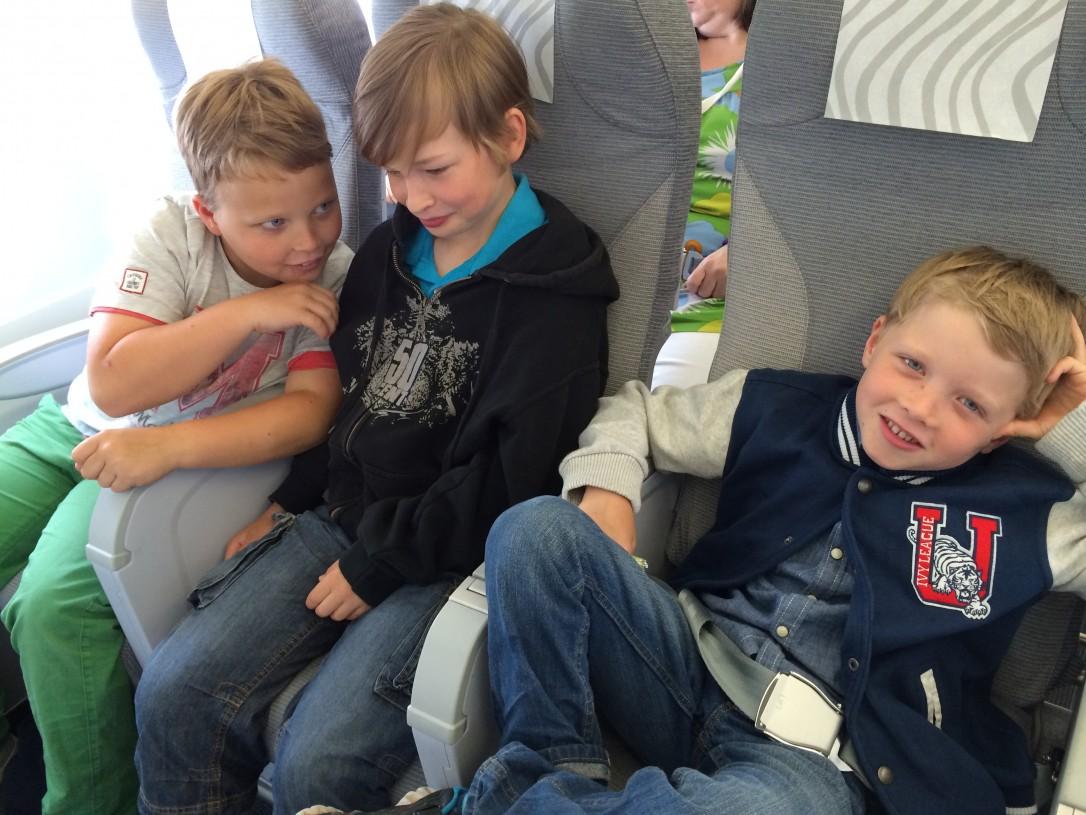 Puolentoista tunnin lentomatka sujui lupsakasti.