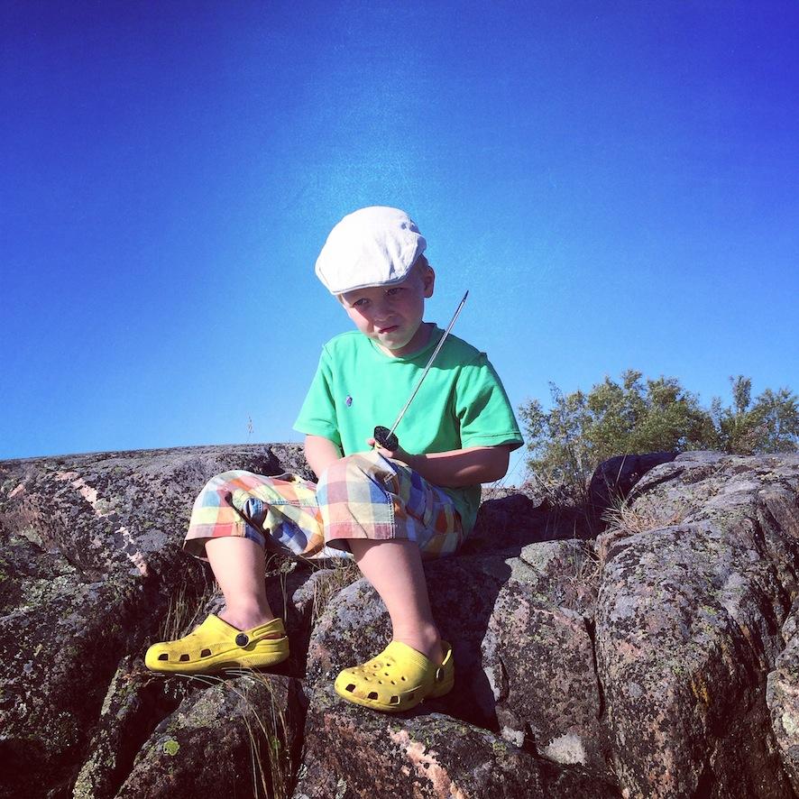 Outdoorsfinland.fi -sivustolta löytyy valmiita vinkkejä lasten kanssa retkeilyyn
