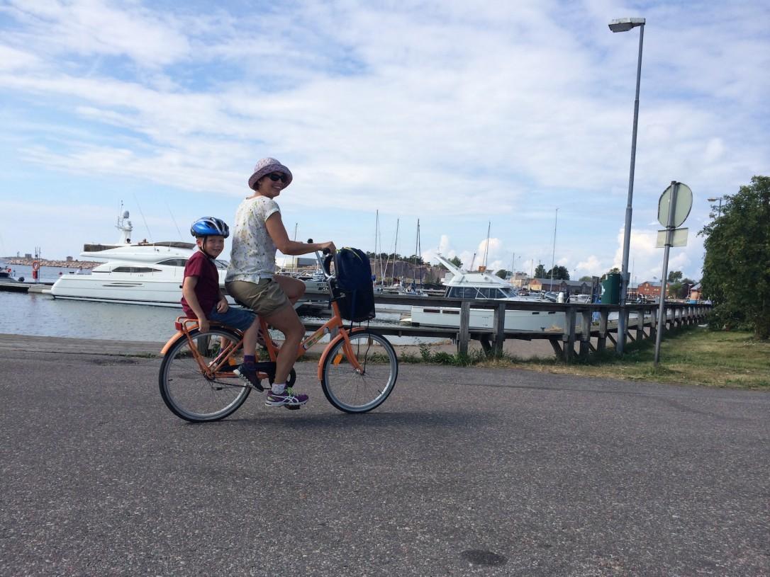 Hanko on pyöräilijän paratiisi ja turvallinen lastenkin kanssa.