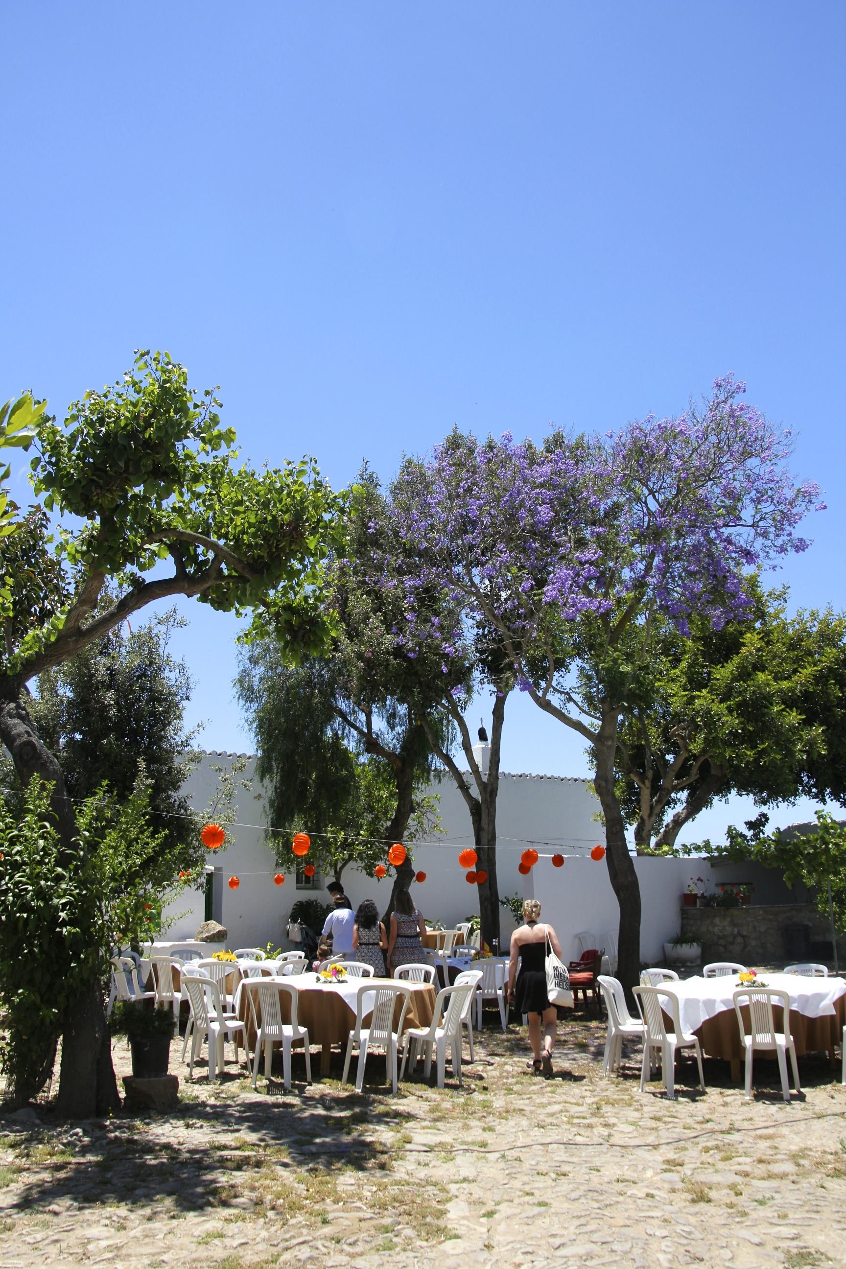 Camposta tuli koristeluineen täydellisempi juhlapaikka kuin olisimme ikinä voineet unelmoida.