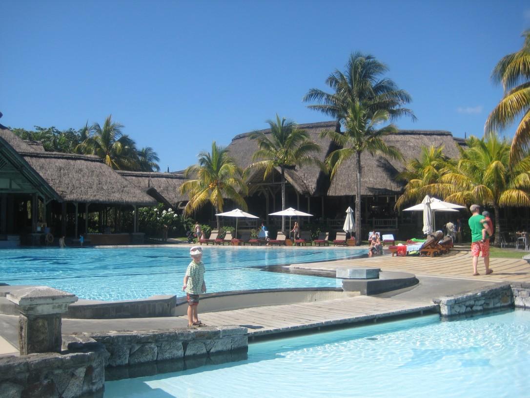 Mauritiuksella majoituimme Shandradi Beachcomberiin.
