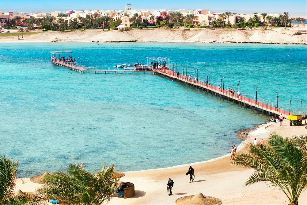 Koralliriutat aukeavat suoraan hotellimme edessä. Kuva:Finnmatkat