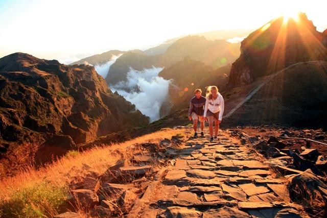 Retkeä saaren korkeimmalle huipulle Pico do Arieirolle odotan innolla, viimeksi se jäi kokematta puutteellisen vaatetuksen takia.