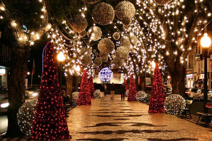 Madeiran jouluvalaistus on vertaansa vailla. Kuva: Porto Bay events