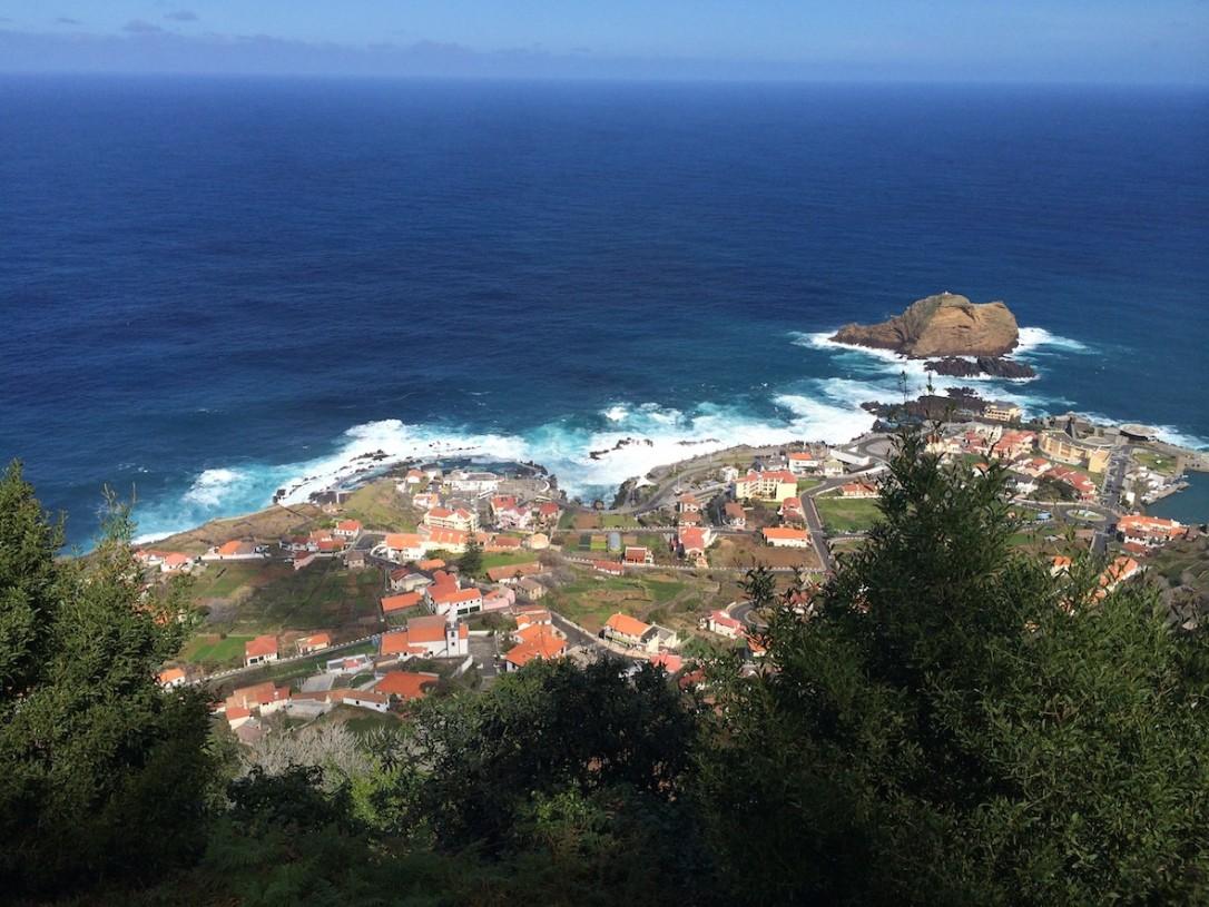 Porto Moniz ylhäältä päin.