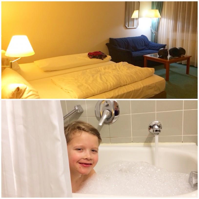 Hotellihuoneemme oli tilava ja pitkän rinnepäivän jälkeen maistui kylpy.