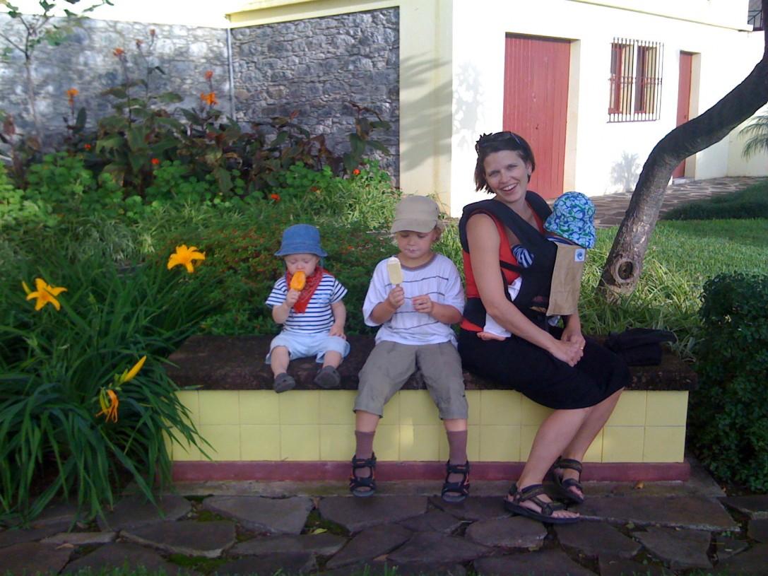 Edellinen reissu Madeiralle oli ensimmäinen matkani kolmen lapsen kanssa ja se tehtiin reilu viisi vuotta sitten.