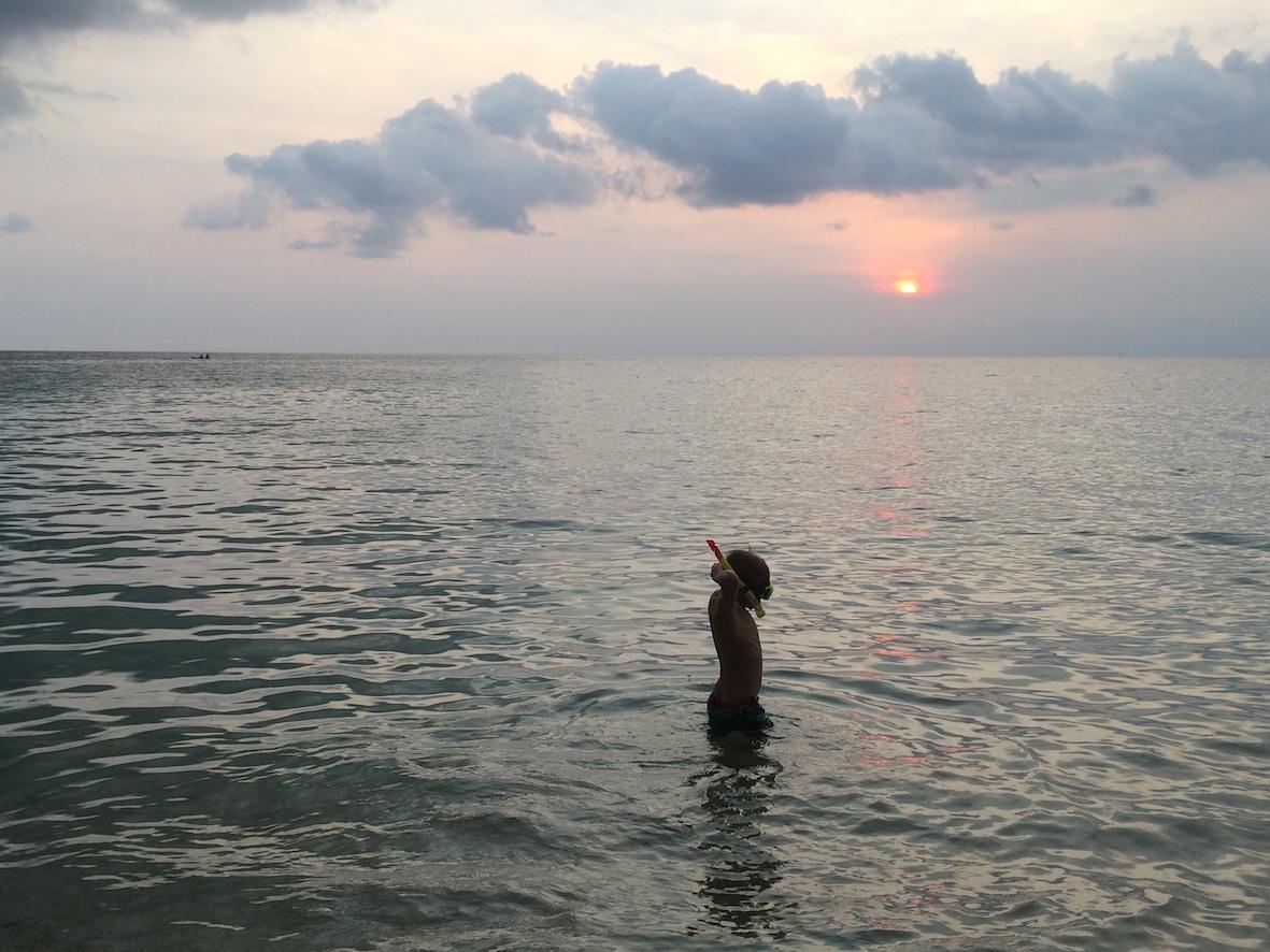 Ao Prao rannalla oli jo selvästi enemmän nähtävää myös veden alla.