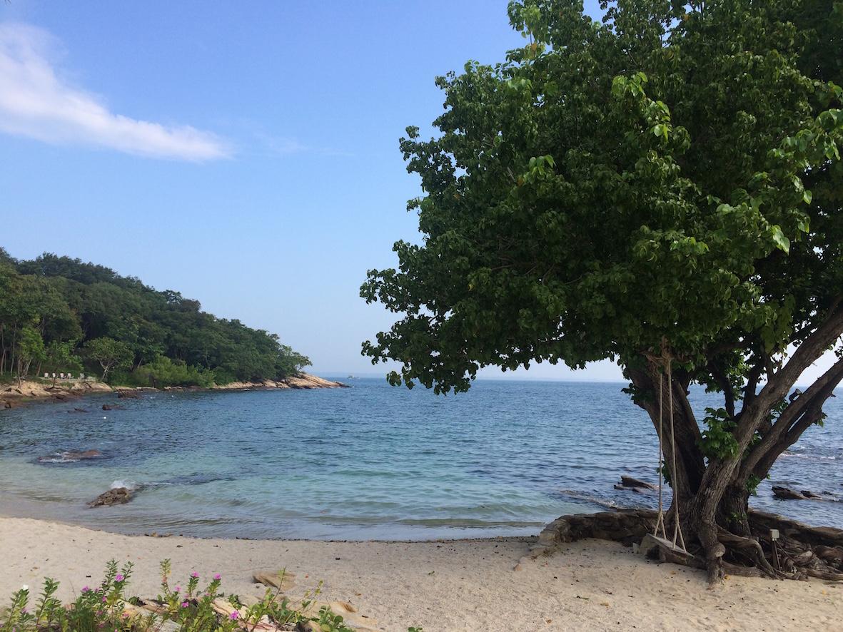 Hide Zonen edessä sijaitseva Pinaple Beach oli oma suosikkini.