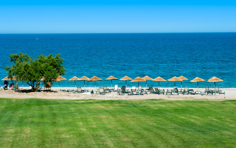 mythos-beach-20806615-1464185654-ImageGalleryLightbox